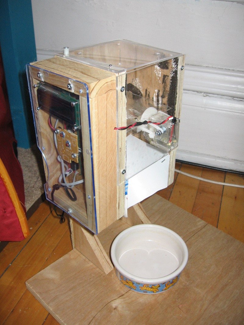 Best ideas about DIY Automatic Dog Feeder . Save or Pin Diy Automatic Feeder For Cats DIY Unixcode Now.