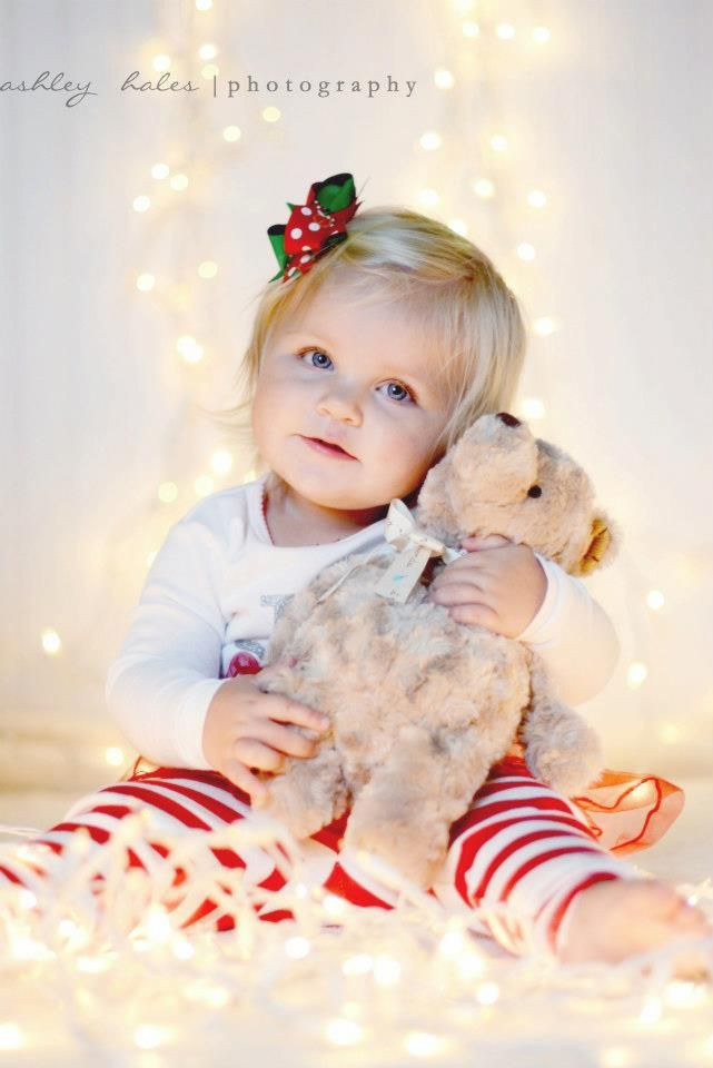 Best ideas about DIY Baby Christmas Pictures . Save or Pin Top 16 Baby & Toddler Christmas Picture Ideas Now.