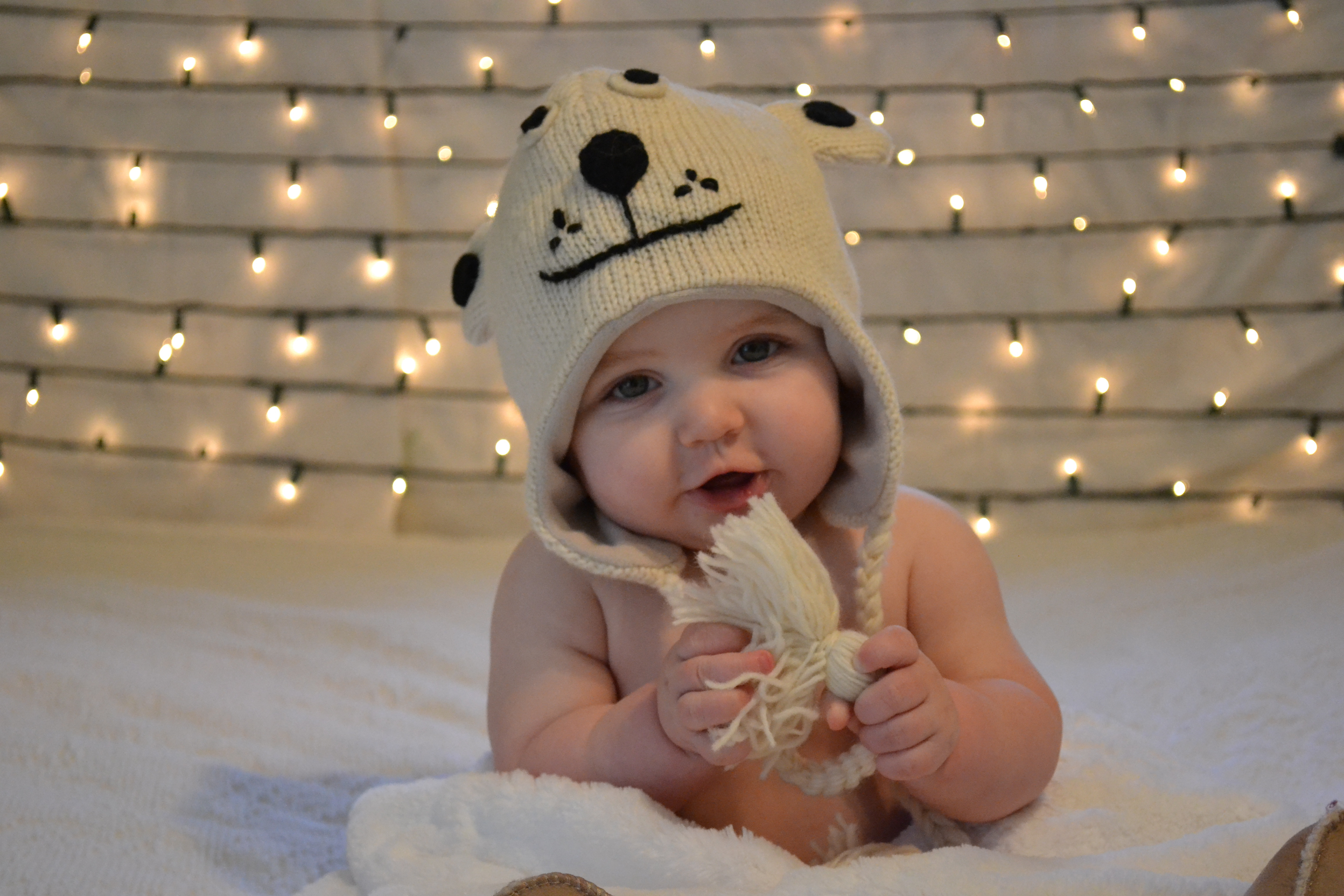 Best ideas about DIY Baby Christmas Pictures . Save or Pin Making the Holidays Merry and Bright – DIY Baby's First Now.