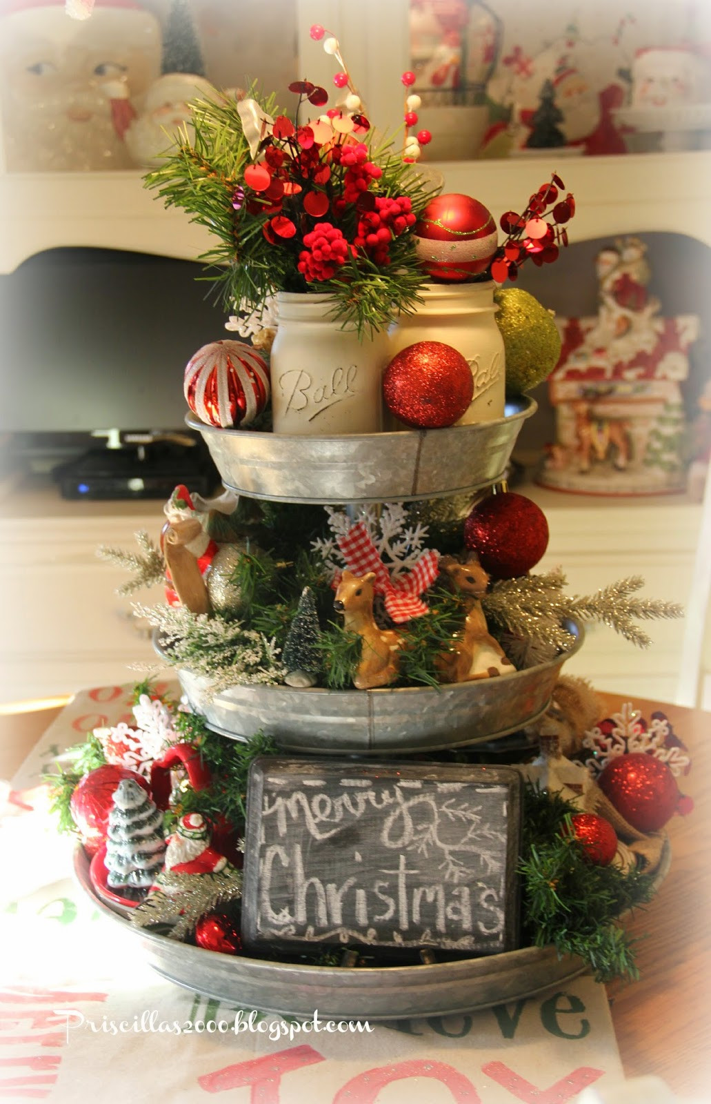 Best ideas about DIY Christmas Centerpieces . Save or Pin 50 Best DIY Christmas Table Decoration Ideas for 2017 Now.