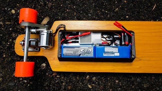 Best ideas about DIY Electric Skateboard Kit . Save or Pin DIY Electric Skateboard 2 Now.