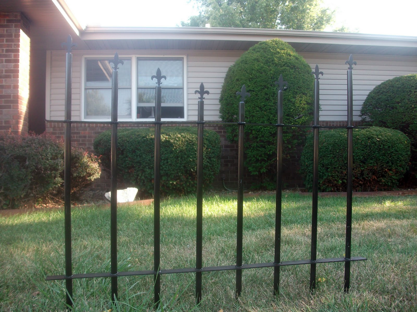 Best ideas about DIY Graveyard Fence . Save or Pin Thrifty Crafty Girl 31 Days of Halloween Cemetery Fence Now.