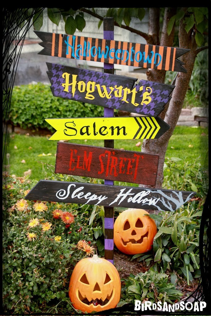 Best ideas about DIY Outdoor Sign . Save or Pin DIY Halloween Yard Sign Now.