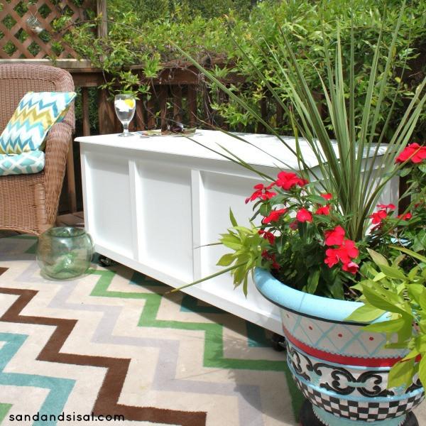 Best ideas about DIY Outdoor Storage Box . Save or Pin DIY Outdoor Storage Box Bench Sand and Sisal Now.