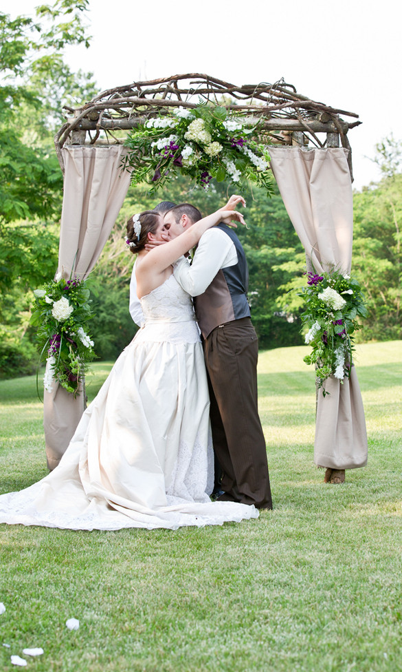 Best ideas about DIY Wedding Arbor . Save or Pin How to Build Diy Arbors For Weddings PDF Plans Now.