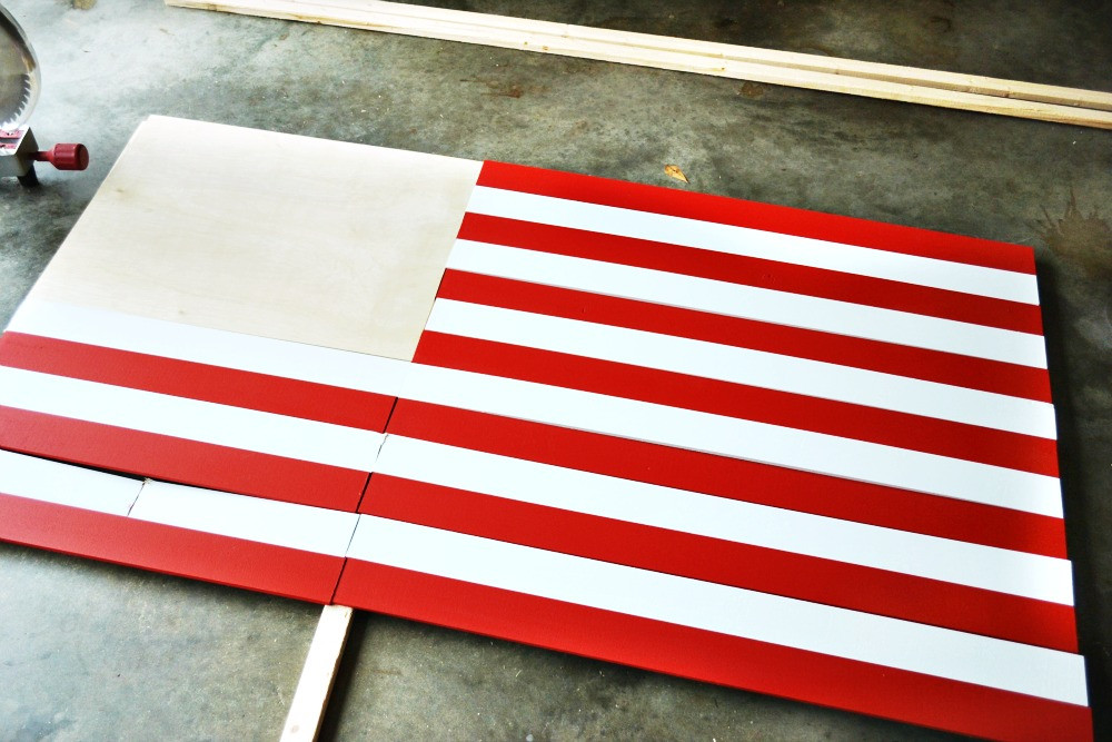 Best ideas about DIY Wood American Flag . Save or Pin DIY Wooden Handprint American Flag At The Picket Fence Now.