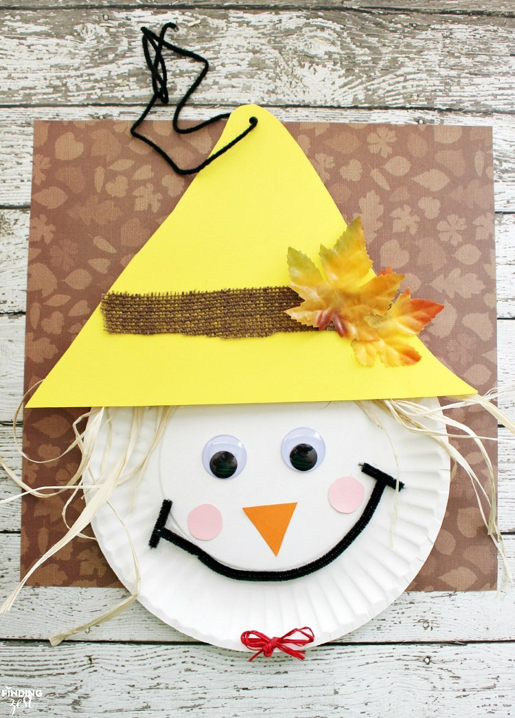 Best ideas about Easy Crafts For Preschoolers . Save or Pin Over 23 Adorable and Easy Fall Crafts that Preschoolers Now.