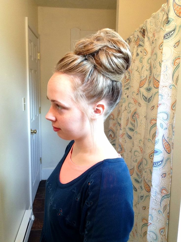 Best ideas about Easy Hairstyles For Church . Save or Pin 15 Super Easy Hairdos for Long Hair to Do at Home Now.