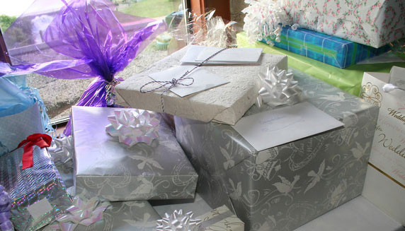 Best ideas about Engagement Gift Ideas For Couple . Save or Pin Unique Wedding Gift Ideas For Couples The Great ideas Now.
