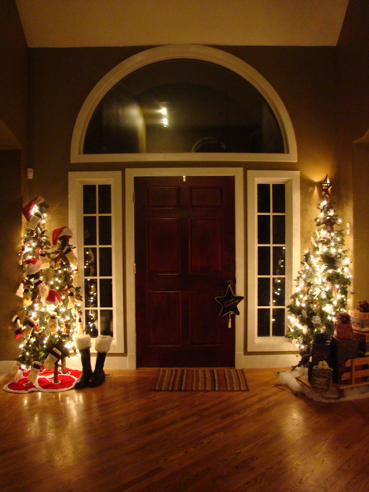 Best ideas about Entryway Christmas Tree . Save or Pin meibimusings Christmas Decorations Entryway Now.