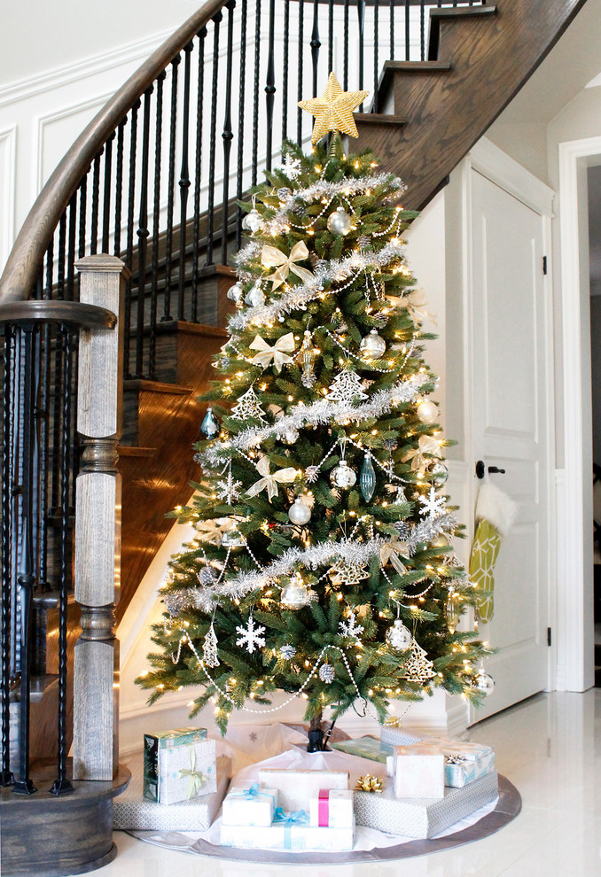 Best ideas about Entryway Christmas Tree . Save or Pin Spruce Up Your Home Right Before the Holidays Here are Now.