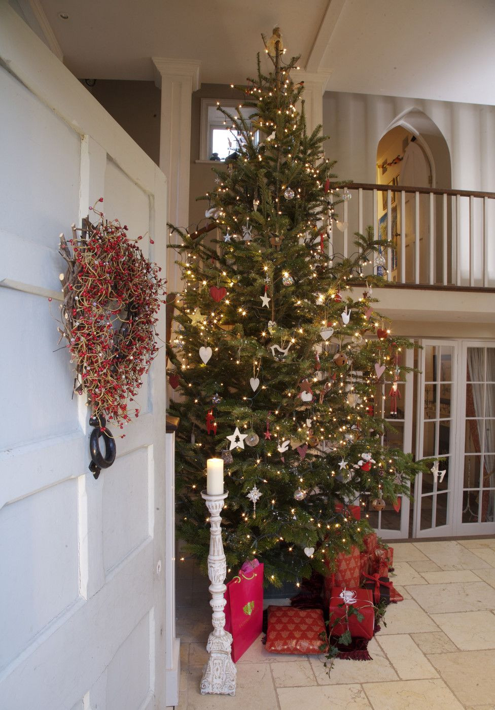 Best ideas about Entryway Christmas Tree . Save or Pin Last Minute Tree Decorating Ideas For An Enchanting Christmas Now.