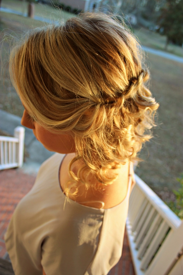 Best ideas about Hairstyle Ideas For Medium Hair . Save or Pin 30 Stunning Curly Home ing Hairstyles The Xerxes Now.