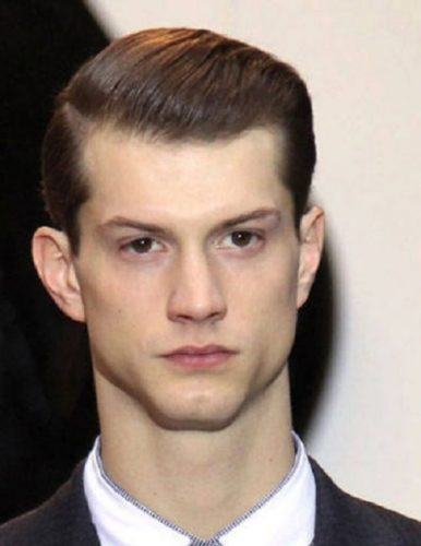 Best ideas about Hairstyles For Widows Peak Male . Save or Pin 30 Easy Widows Peak Hairstyles for Men [2017] HairstyleVill Now.