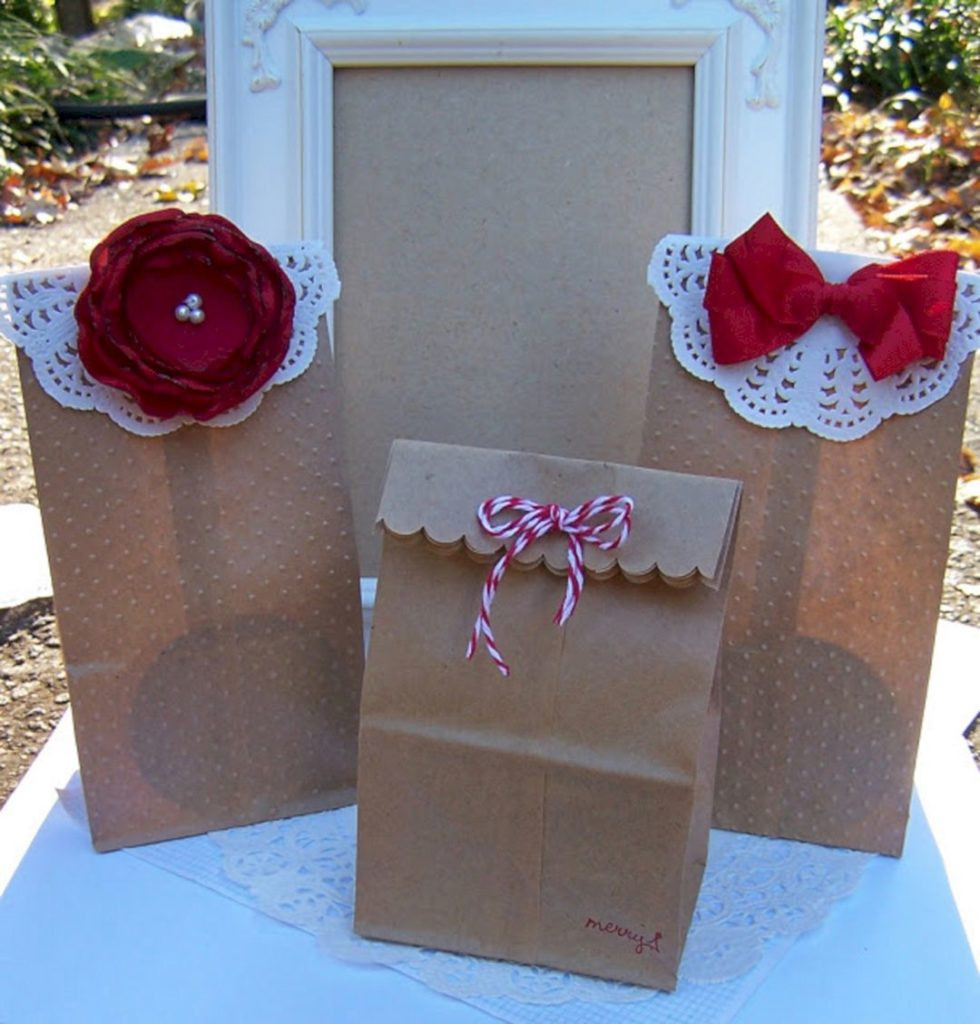 Best ideas about Holiday Gift Bag Ideas . Save or Pin 24 DIY Christmas Gift For Your Friends And Families That Now.