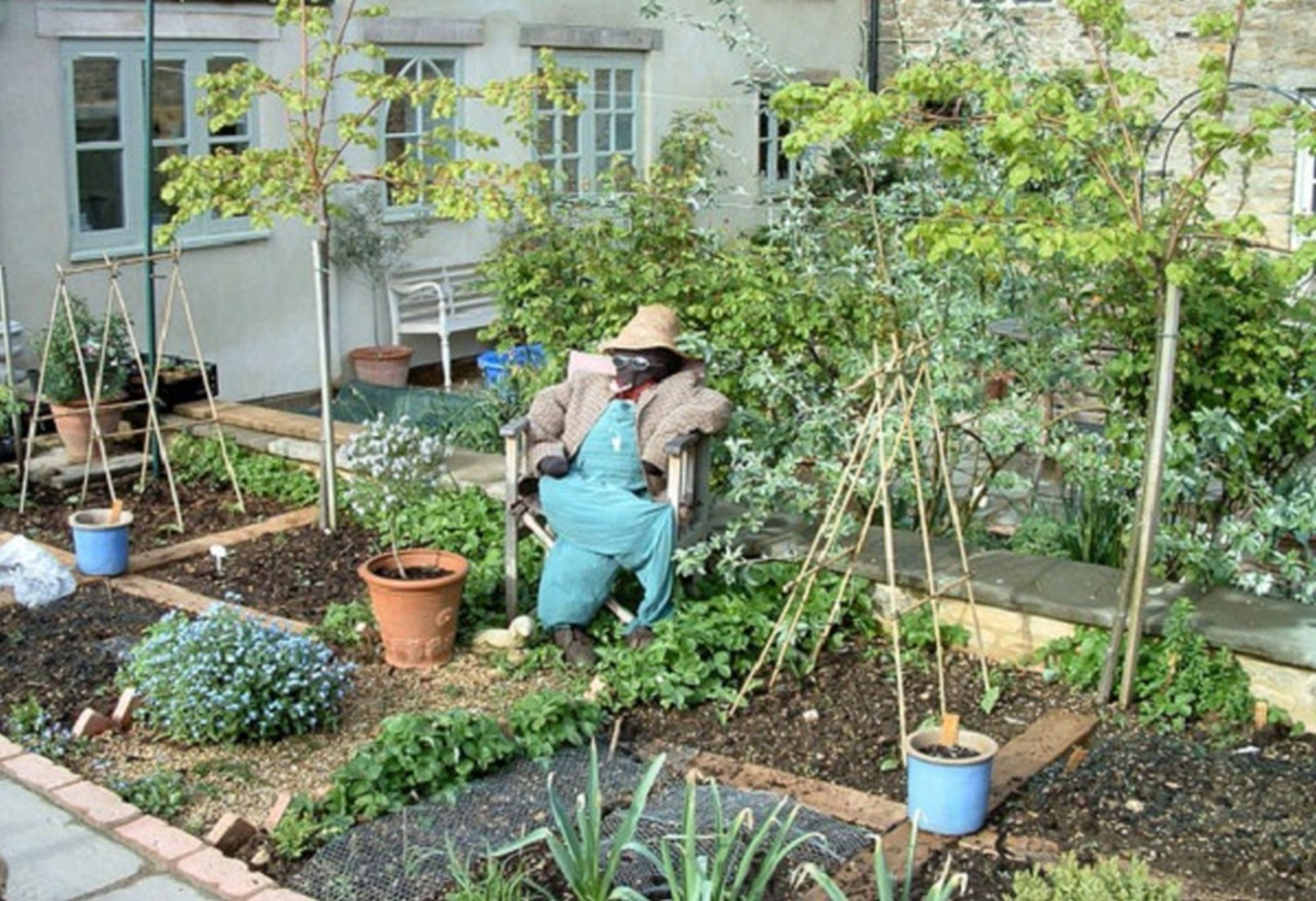 Best ideas about Home Vegetable Garden Ideas . Save or Pin Simple Small Garden Designs Ve able Ideas Great Home Now.
