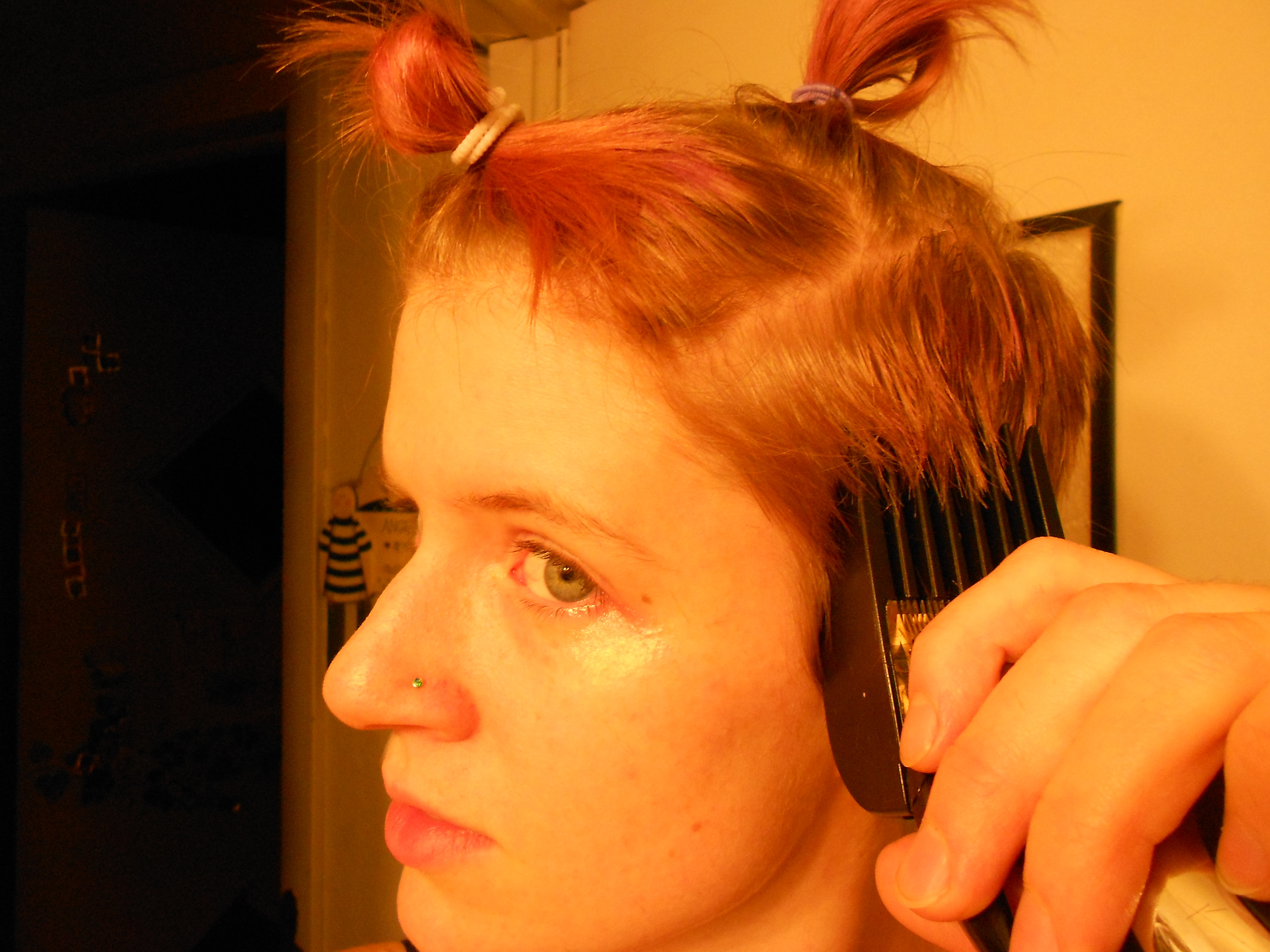 Best ideas about How To Cut Your Own Hair Short . Save or Pin 301 Moved Permanently Now.