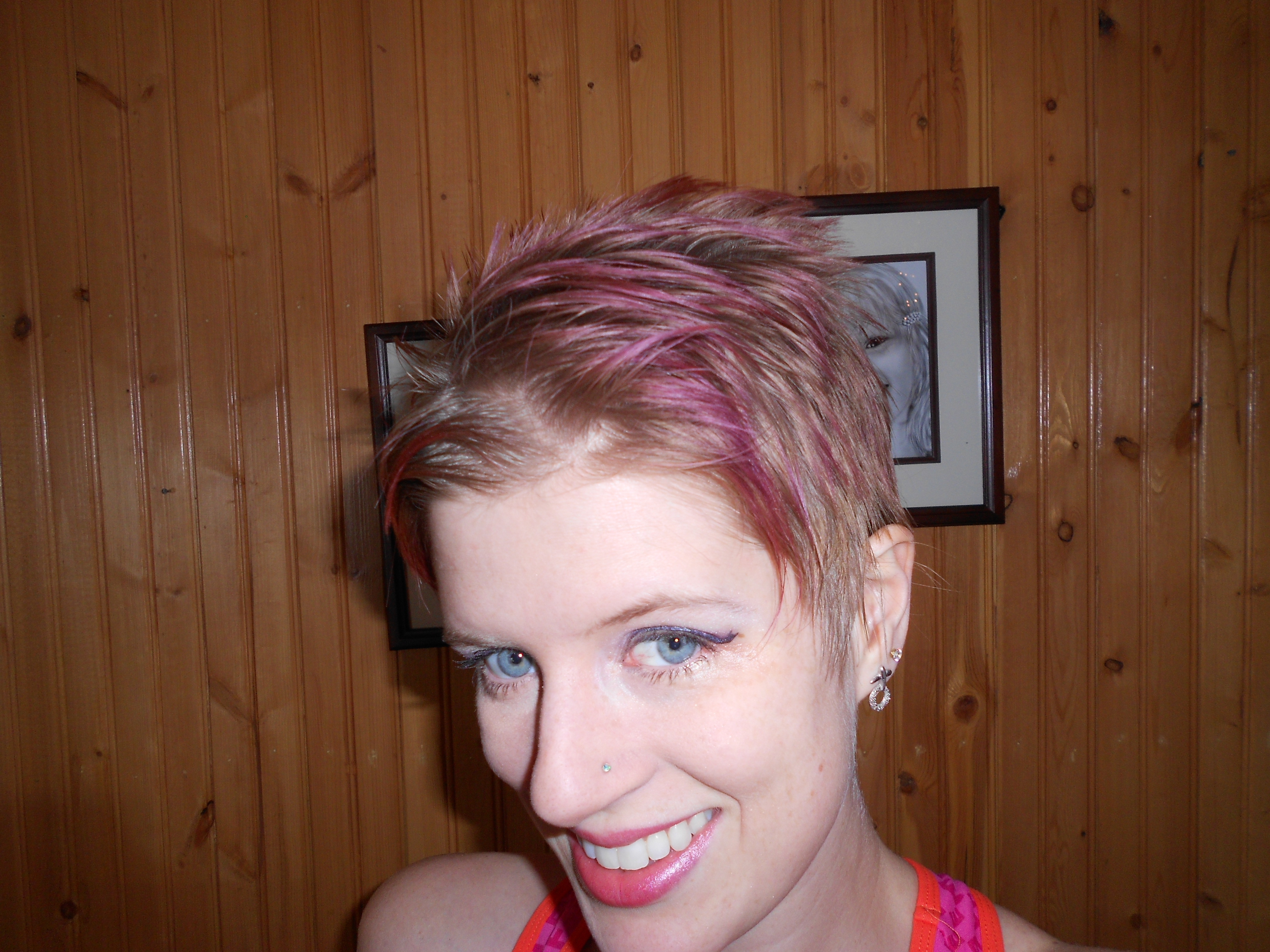 Best ideas about How To Cut Your Own Hair Short . Save or Pin How To Cut Your Own Shag Now.