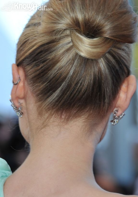 Best ideas about How To Do Hairstyles . Save or Pin Easy Bun Hairstyles Easy Bun Hair Now.