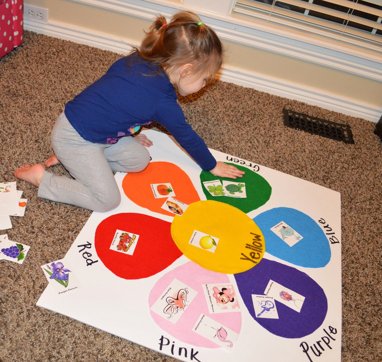 Best ideas about Learning Crafts For Preschoolers . Save or Pin Toddler Color Matching Felt Board with Picture Identification Now.