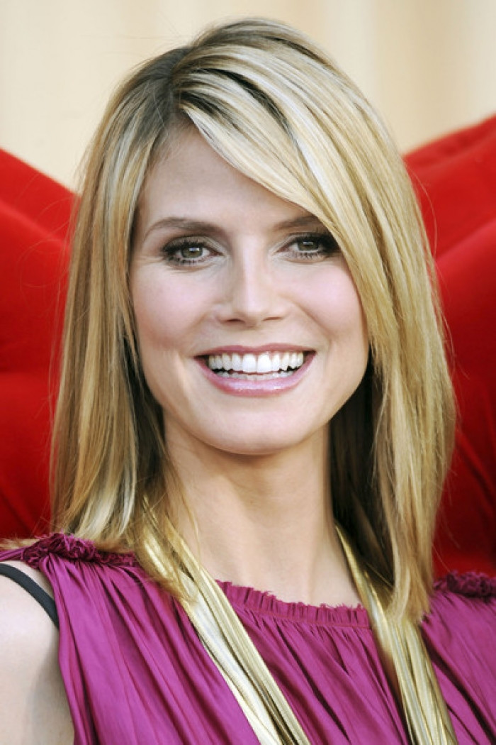 Best ideas about Medium Length Haircuts Straight Hair . Save or Pin Best and Beautiful Shoulder Length Hairstyles 2013 Now.
