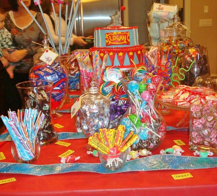 Best ideas about Mickey's Birthday Party . Save or Pin 55 Kids Buffet Decorao Branca De Neve Buffet Mundo Kids Now.