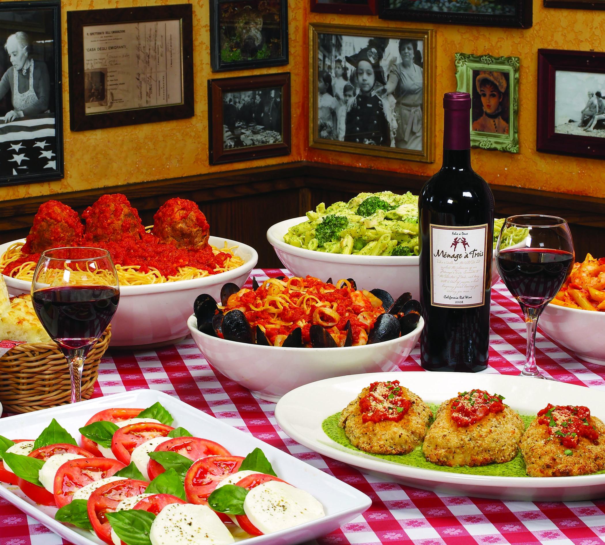 Best ideas about Mom's Birthday Ideas . Save or Pin 55 Italian Dinner Table Setting Entertaining Italian Now.