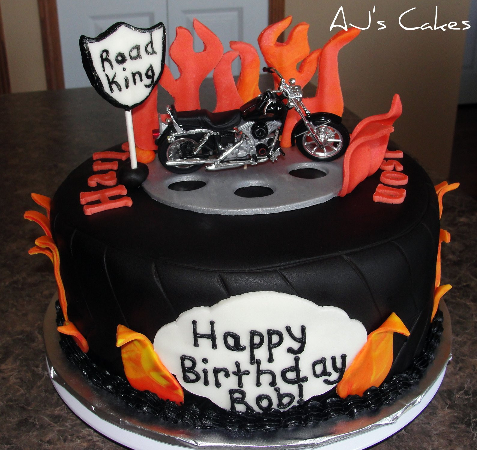 Best ideas about Motorcycle Birthday Cake . Save or Pin Harley Davidson Cakes Now.
