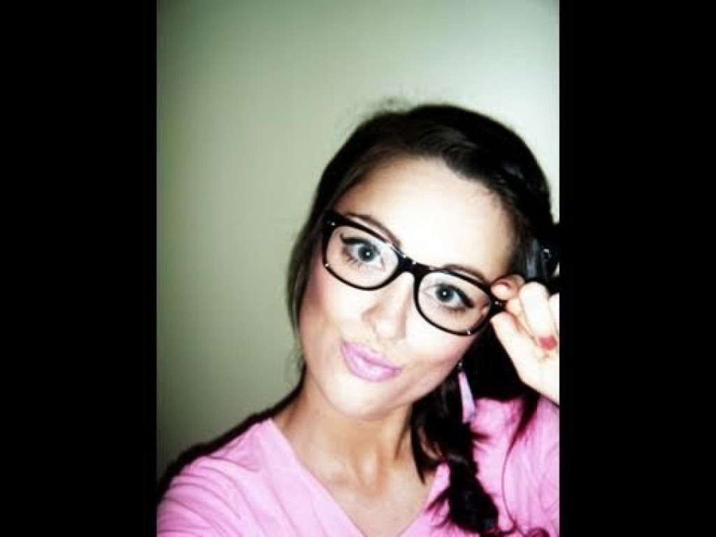 Best ideas about Nerd Hairstyle For Girls . Save or Pin Hairstyles For Nerds Tops 2016 Hairstyle Now.