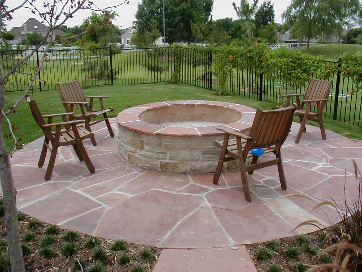 Best ideas about Patio Fire Pit . Save or Pin BBQ Now.