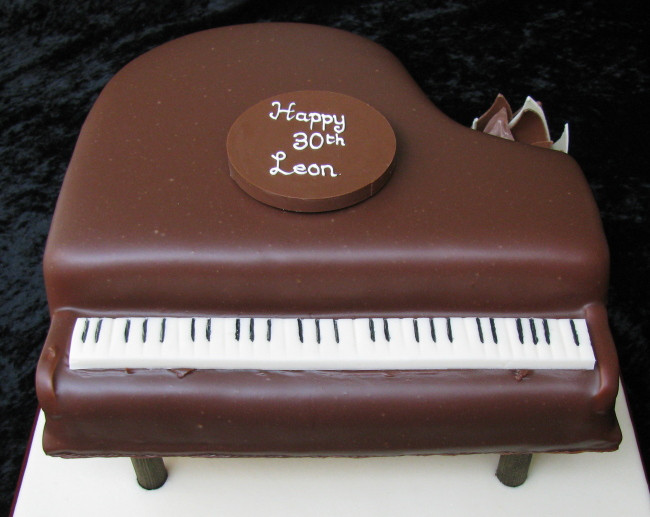 Best ideas about Piano Birthday Cake . Save or Pin Chocolate Piano Birthday Cake Now.