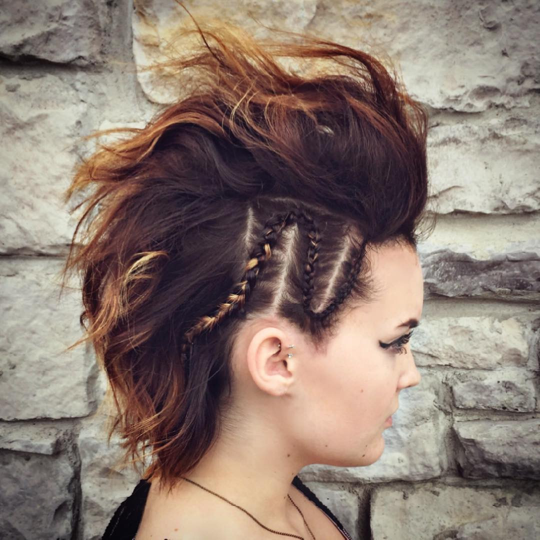 Best ideas about Prom Hairstyle Medium Hair . Save or Pin 16 Easy Prom Hairstyles for Short and Medium Length Hair Now.
