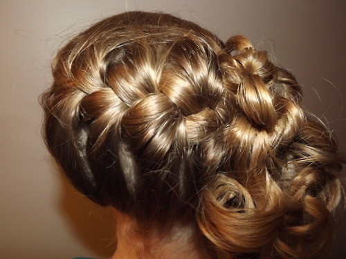 Best ideas about Prom Hairstyles Tumblr . Save or Pin prom hair ideas on Tumblr Now.