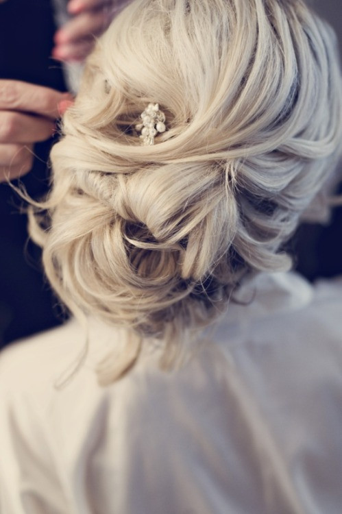 Best ideas about Prom Hairstyles Tumblr . Save or Pin prom hairstyles for long hair down Now.