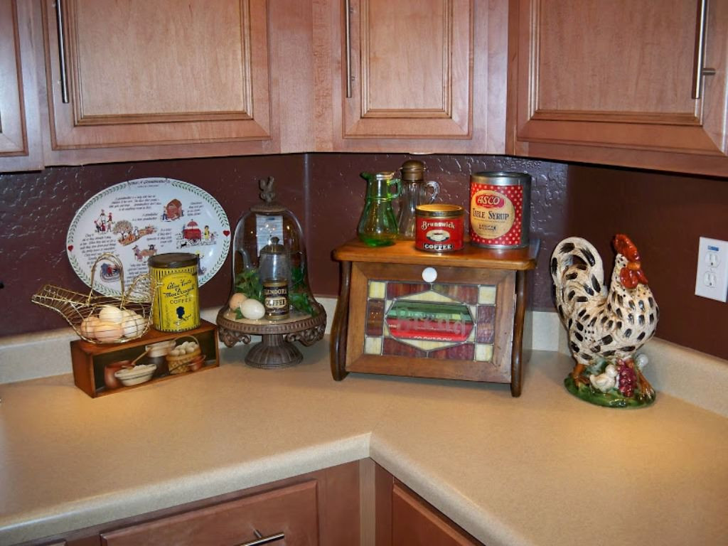 Best ideas about Rooster Kitchen Decor . Save or Pin The Beautiful of Rooster Kitchen Decor — TEDX Designs Now.