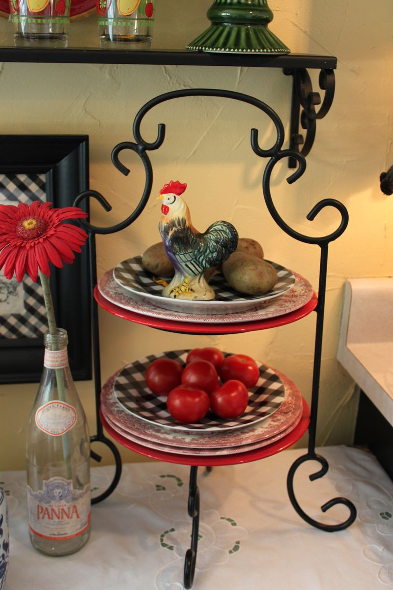 Best ideas about Rooster Kitchen Decor . Save or Pin Cheap Rooster Decor For Kitchen Now.