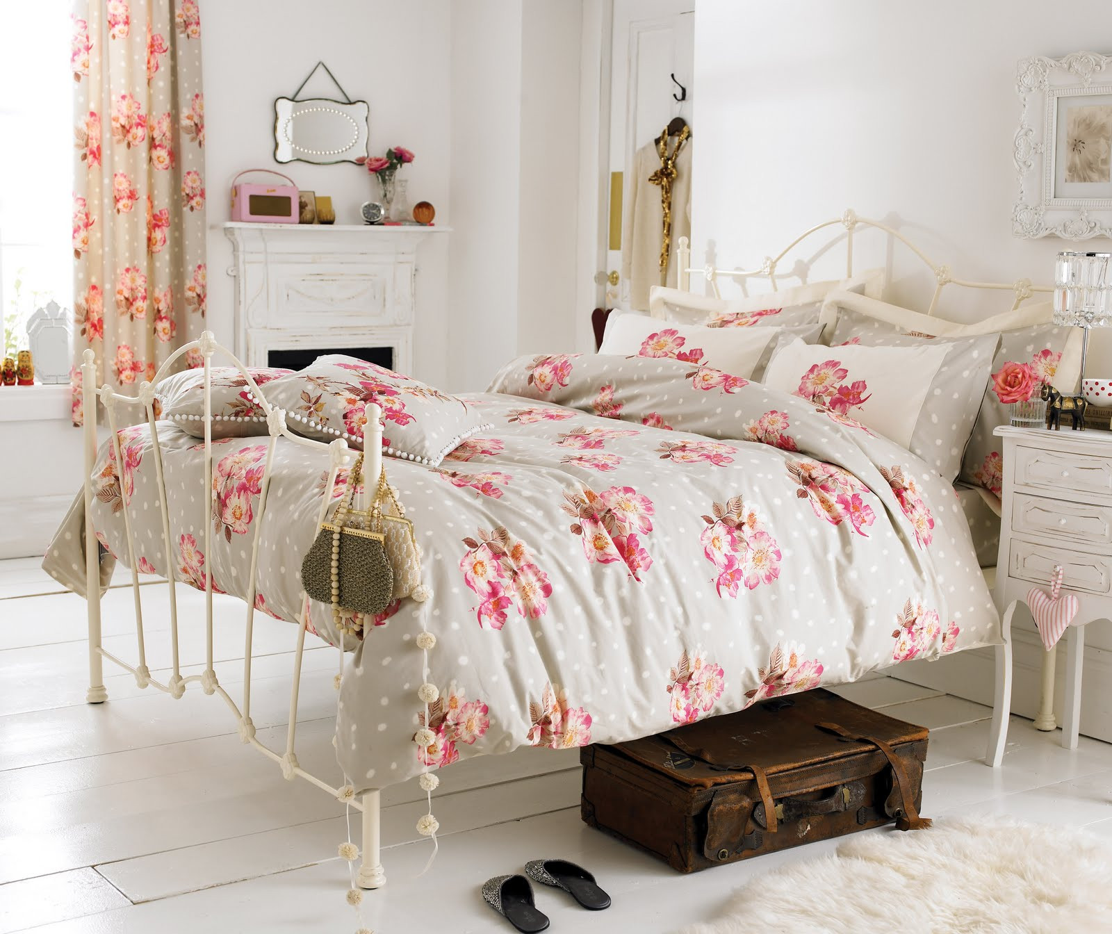 Best ideas about Shabby Chic Bedroom Sets . Save or Pin Vintage Your Room with 9 Shabby Chic Bedroom Furniture Now.