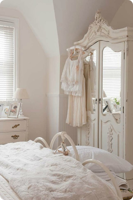 Best ideas about Shabby Chic Bedroom Sets . Save or Pin Cute Looking Shabby Chic Bedroom Ideas Now.