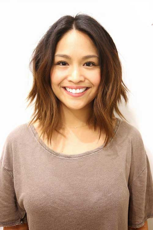 Best ideas about Short Shoulder Length Hairstyles . Save or Pin 20 Best Short To Medium Length Haircuts Now.
