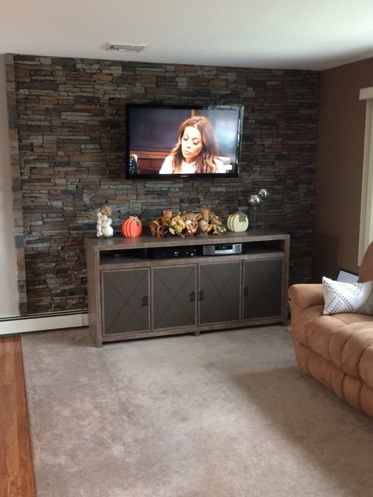 Best ideas about Stacked Stone Accent Wall . Save or Pin Lovely Living Room Accent Wall Now.