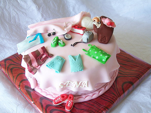 Best ideas about Teenage Girl Birthday Cake . Save or Pin 24 Awesome Birthday Cakes for Girls from 18 to 21 years Now.