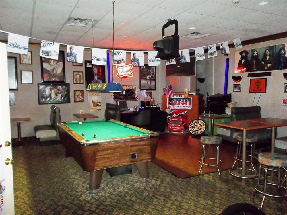 Best ideas about Toledo Game Room . Save or Pin Americas Best Value Inn & Suites Northwood Toledo Now.