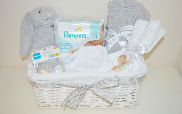 Best ideas about Unisex Baby Gift Ideas . Save or Pin DIY Uni Baby Basket Now.