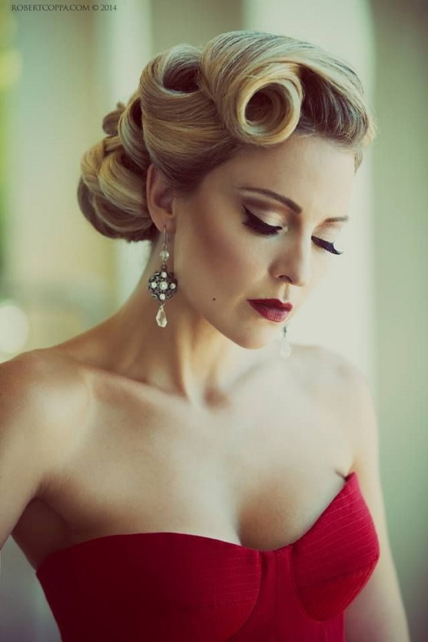 Best ideas about Vintage Updos Hairstyles . Save or Pin 16 Seriously Chic Vintage Wedding Hairstyles Now.