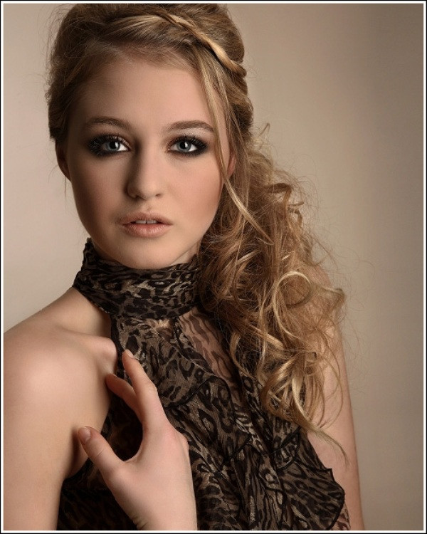 Best ideas about Wavy Hairstyles For Prom . Save or Pin Curly Prom Hairstyles Now.