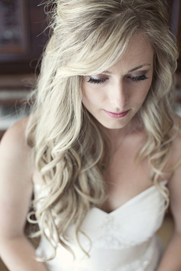 Best ideas about Wavy Wedding Hairstyle . Save or Pin 18 Perfect Curly Wedding Hairstyles Pretty Designs Now.