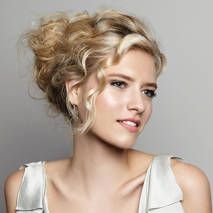 Best ideas about Wavy Wedding Hairstyle . Save or Pin Wedding Hair Updos Women Hairstyles Now.