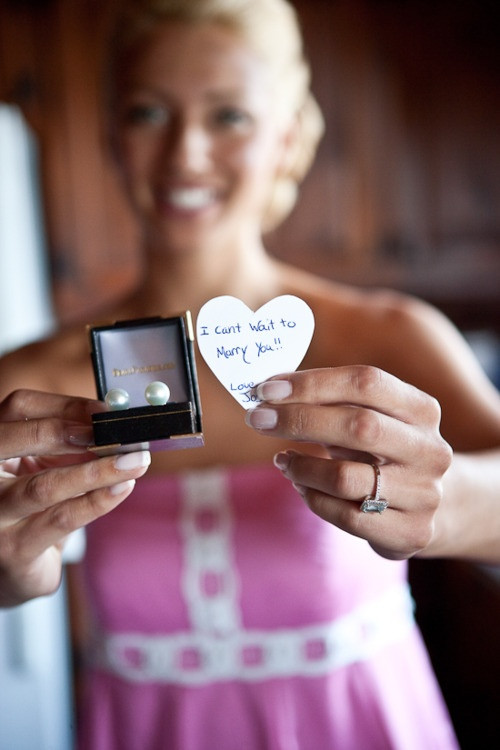 Best ideas about Wedding Gift Ideas From Groom To Bride . Save or Pin Wedding day t from Groom to Bride So Cute Now.