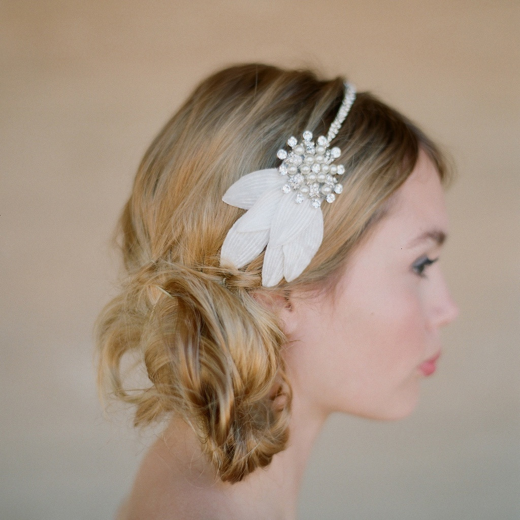 Best ideas about Wedding Hairstyles With Headband . Save or Pin Wedding Hairstyles Headband Now.