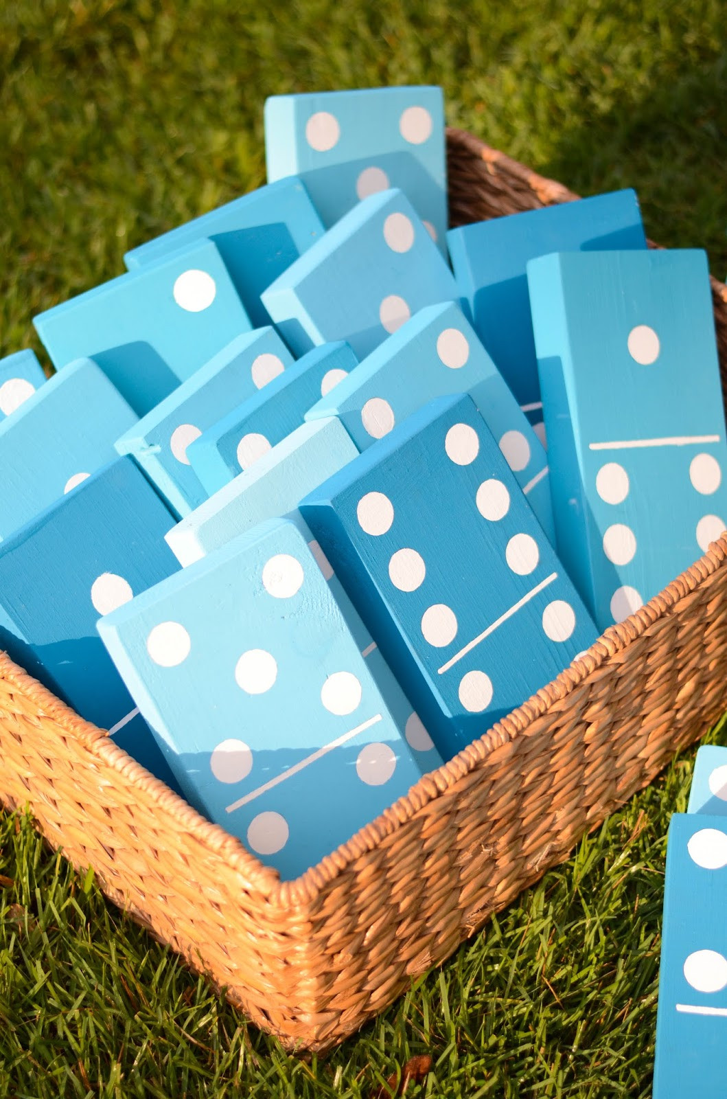 Best ideas about Yard Games DIY . Save or Pin 25 DIY Yard Games Now.
